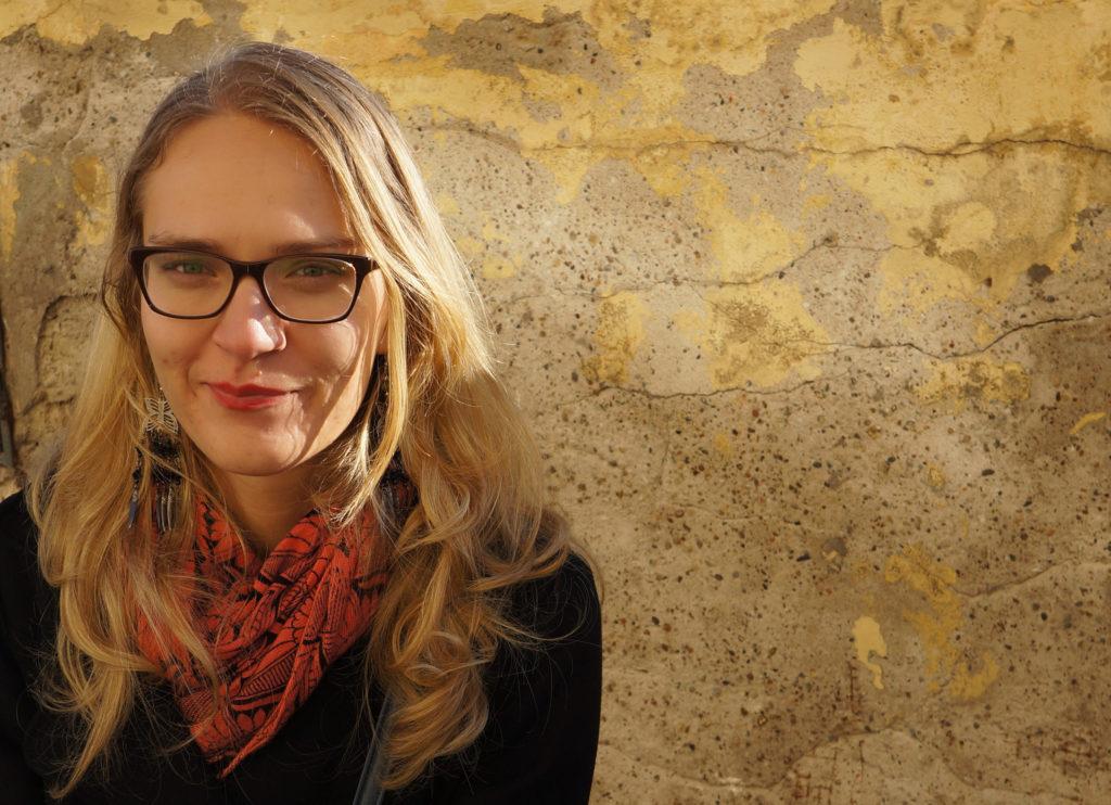 Foto von Anna Szostak-Weingartner, Gewinnerin des Schultz & Schirm Stipendium für Komödien-Übersetzung 2017